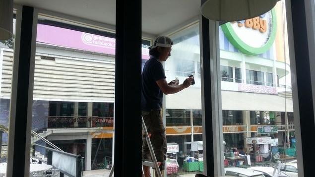 ガラス汚れ油膜除去