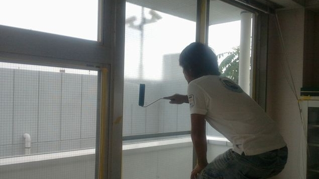 学校窓ガラス断熱塗装