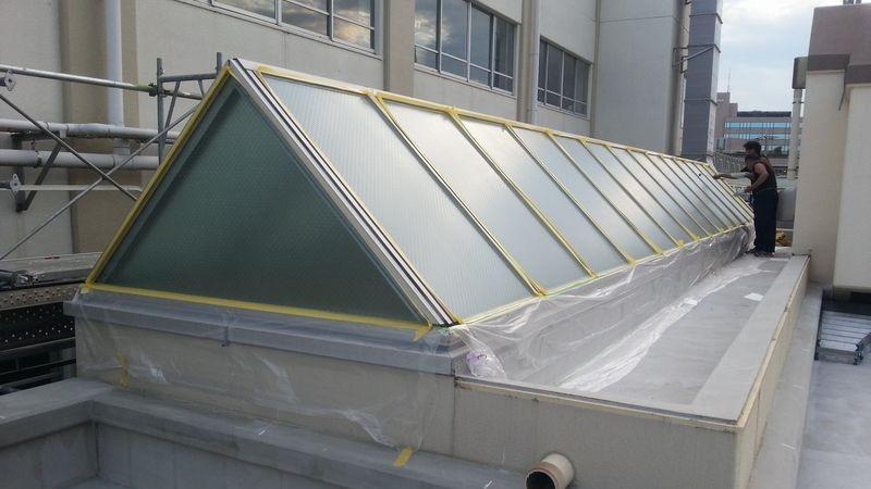 天窓トップライトガラス断熱工事