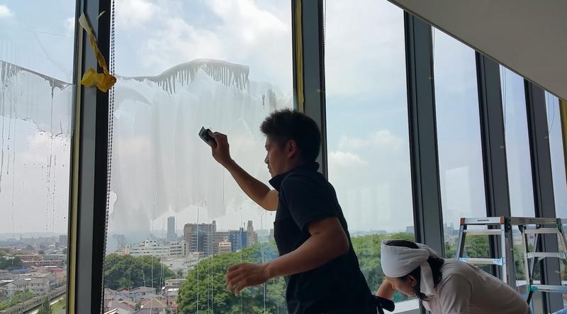 窓ガラス洗浄/油膜とり