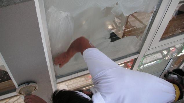 ガラス洗浄・油膜とり