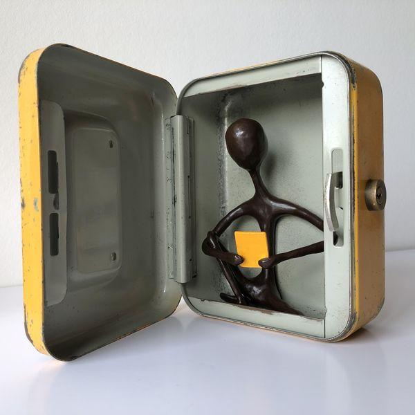 eBook-Box - H17 x B13 x T7 cm