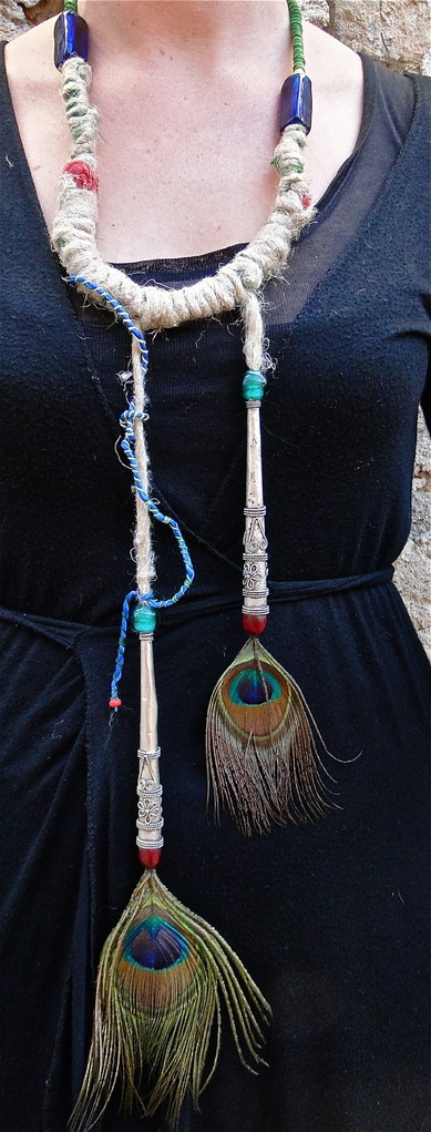 perles, chanvre, tissu, plumes de paon