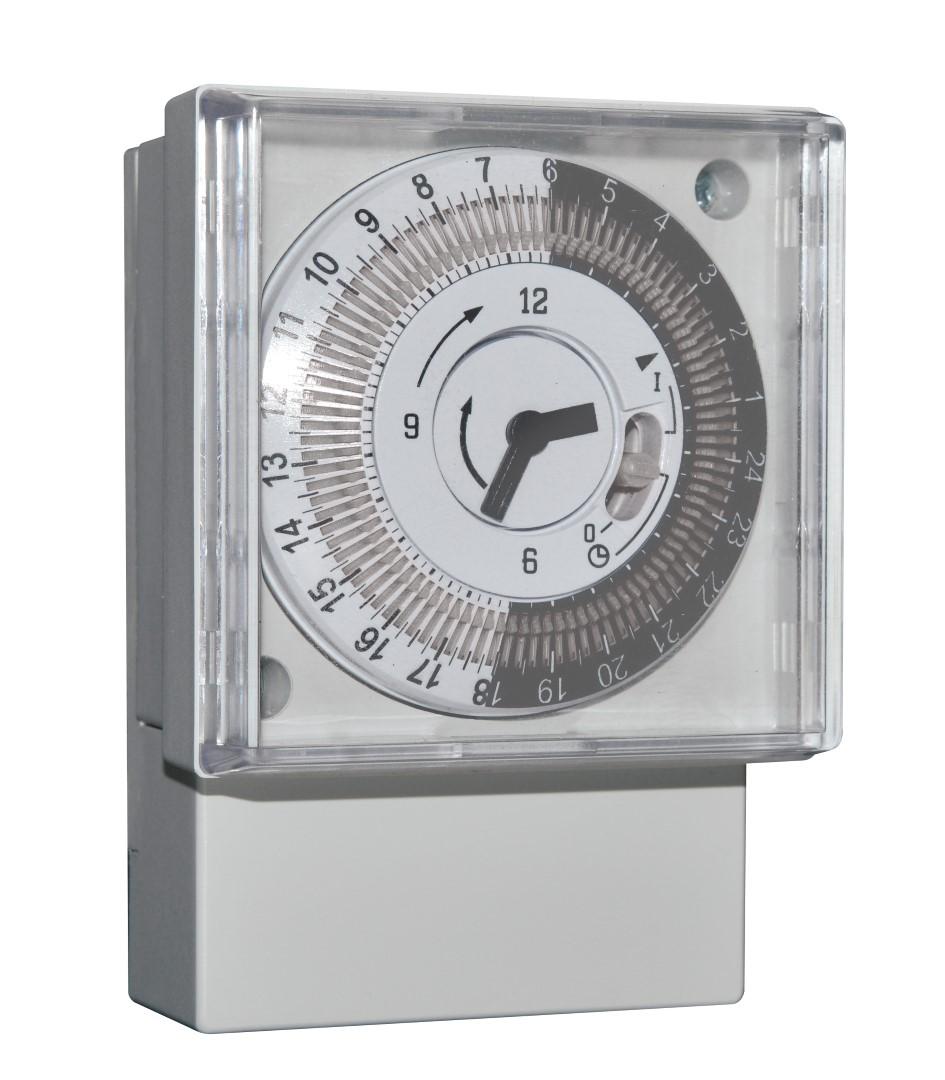 Elektromechanische Zeitschalter - 1IO 0018 mit Gangreserve - 1IO 0017 ohne Gangreserve