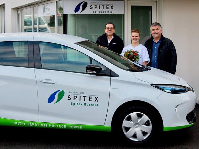 Andreas Bühler, Hustech Installations AG, Ruth Vögeli sowie Daniel Wenger, beide Spitex Bachtel (v.l.n.r.) Bild: zvg