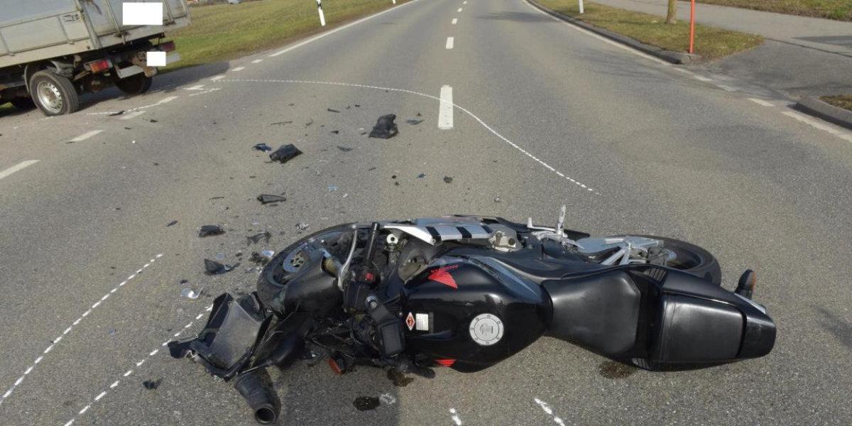 Gossau ZH: Motorradfahrer bei Verkehrsunfall verletzt