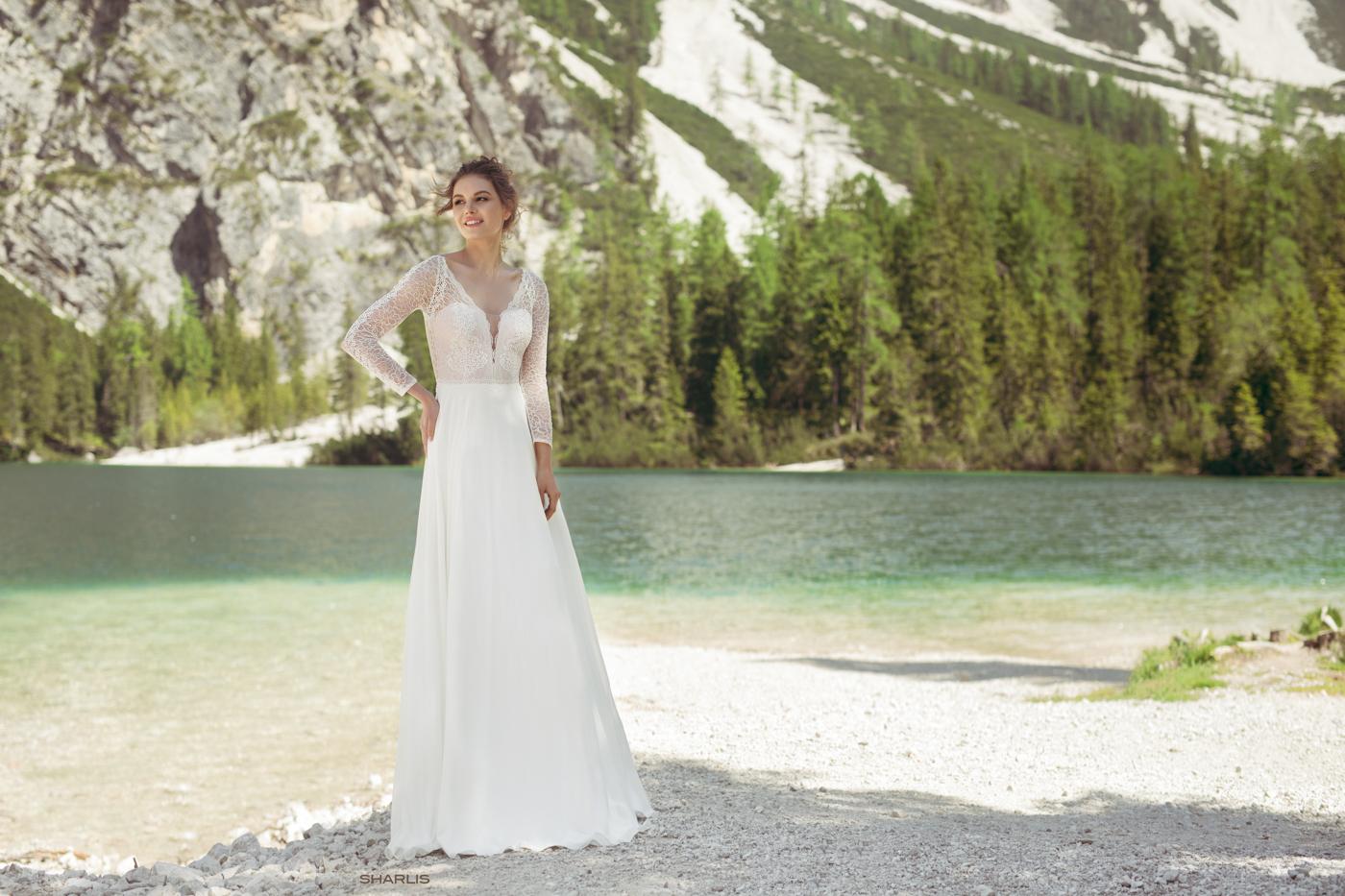 Sharlis Brautkleid München mylovely Le Rina Vintage Brautkleid lange Arme tiefer Ausschnitt