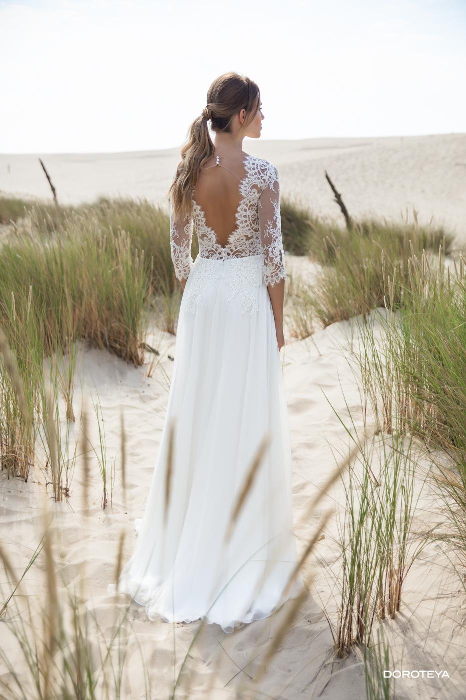 Sommer Hochzeit Strand freie Trauung feine Spitze tiefer Rücken myLovely le rina sehr elegant Brautmoden Chiffon