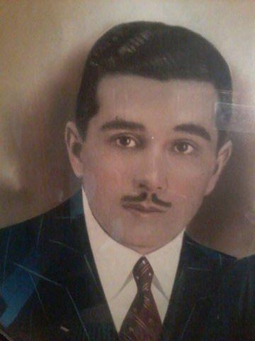 Juan Petey Ortiz.  Peluquero y barbero de Peor es Nada