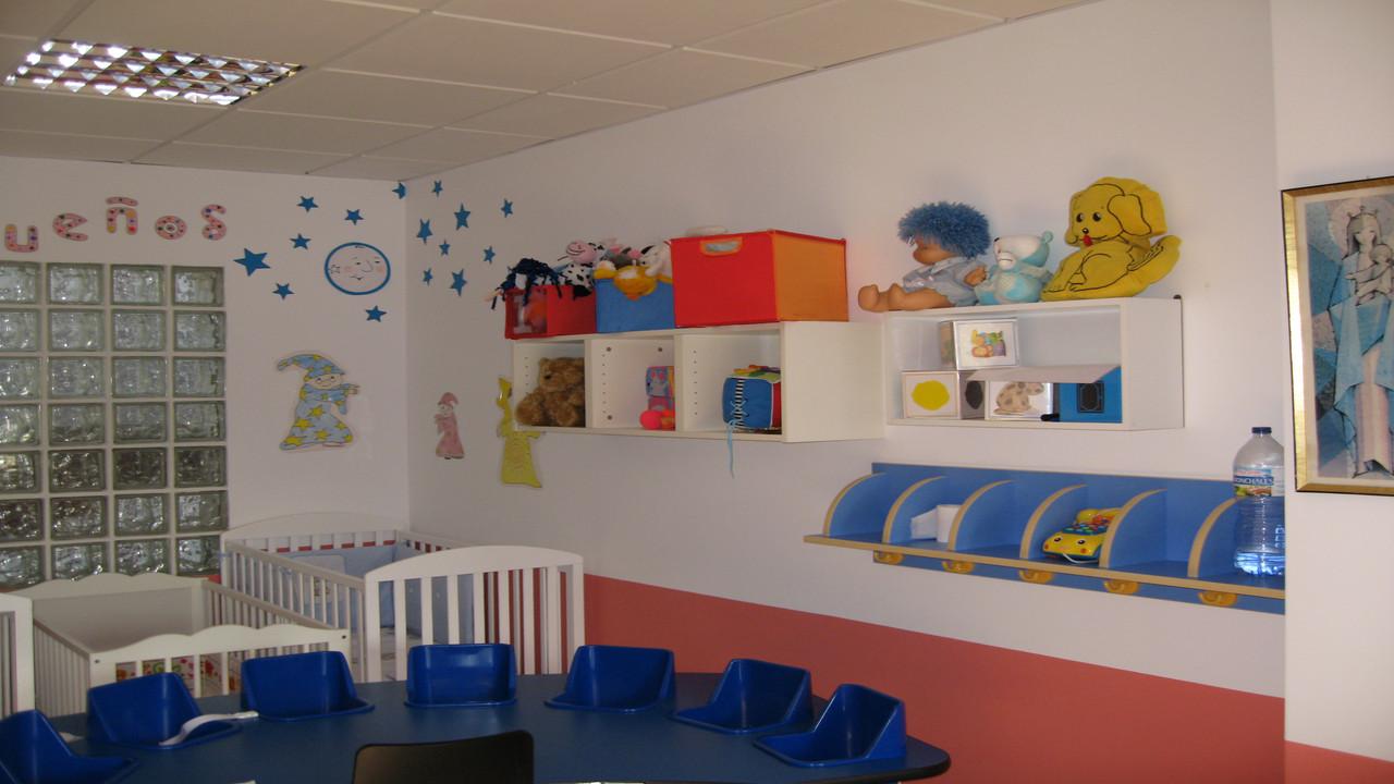 Centro Infantil Virgen de Montserrat. Granada. Detalle de las instalaciones