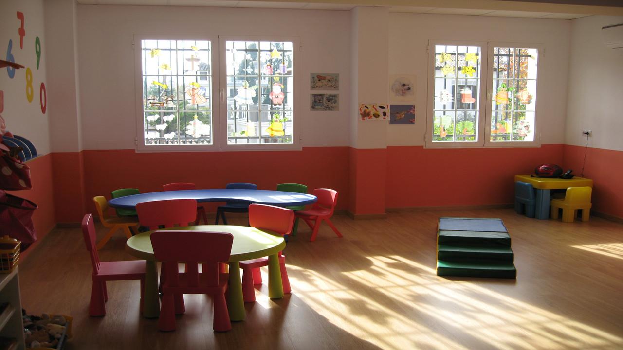 Centro Infantil Virgen de Montserrat.Granada. Detalle de las instalaciones