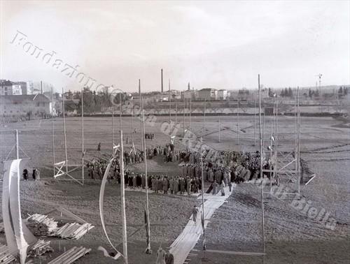 Panoramica del cantiere (Fondazione Cassa di Risparmio di Biella, archivio Lino Cremon)