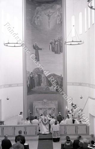 La pala d'altare realizzata dal pittore biellese Guido Mosca (Fondazione Cassa di Risparmio di Biella, archivio Lino Cremon)