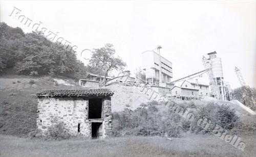 I moderni macchinari impiantati sul posto (Fondazione Cassa di Risparmio di Biella, archivio Lino Cremon)
