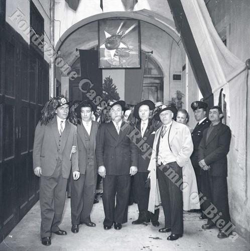 Il direttivo della sezione biellese (Fondazione Cassa di Risparmio di Biella, archivio Lino Cremon)