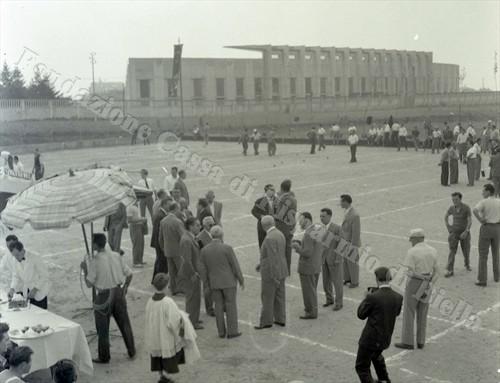 Inaugurazione del bocciodromo di viale Macallè, 11 luglio 1954 (Fondazione Cassa di Risparmio di Biella, archivio Lino Cremon)