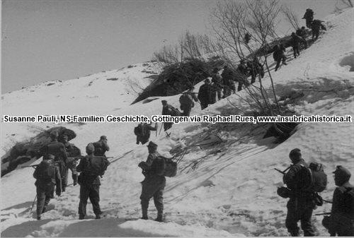 SS-Polizei Regiment 15 in azione di rastrellamento (Susanne Pauli, NS-Familien Geschichte, Göttingen via Raphael Rues, www.insubricahistorica.it)