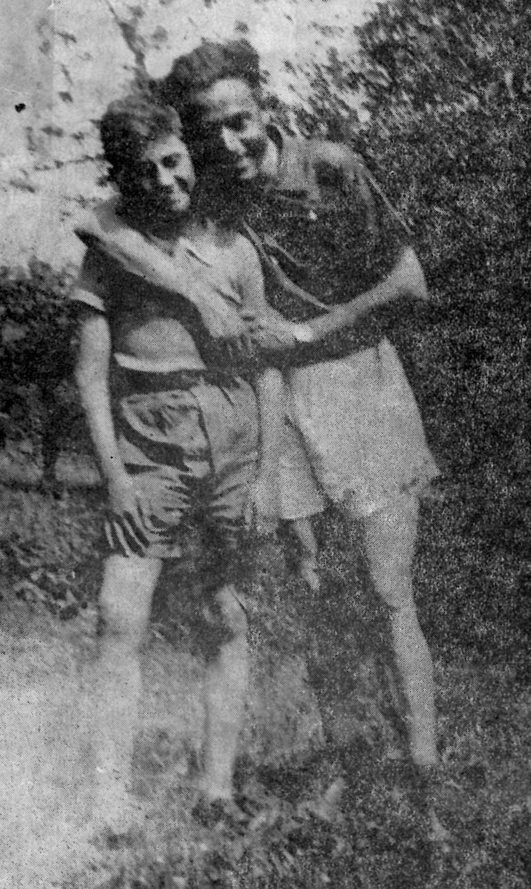 """""""Primula"""" con il figlio Tino sulla Serra nella primavera del 1944"""