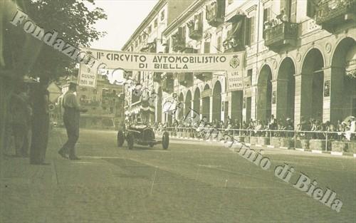 Il Circuito automobilistico di Biella 1934 - 1935 (Fondazione Cassa di Risparmio di Biella, archivio Cesare Valerio)