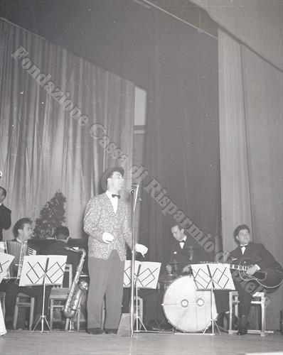 """Il Piccolo Festival della canzone biellese, """"Biella Canta"""" (Fondazione Cassa di Risparmio di Biella, archivio Lino Cremon)"""