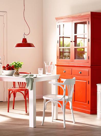 Rot Bringt Fröhliche Stimmung In Die Küche. / © Fotocredit: Butlers