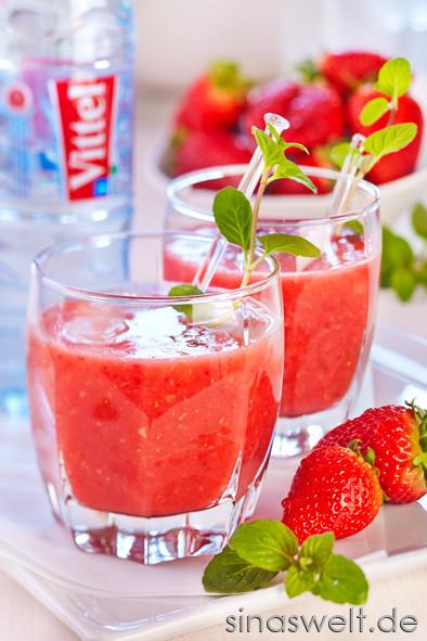 Vittel, Erdbeercocktail, Cocktail, Erdbeere, Ingwer, Minze, gesund, Vitamine, Mineralstoffe, Sommer, Getränke, Erfrischung