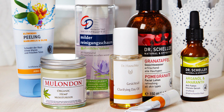 Naturkosmetik, Foundation, Test, Erfahrung, Dr. Hauschka, Lavera, Living Nature, Alva, Empfehlung, review, Inhaltsstoffe, kosmetik diy, ratgeber naturkosmetik, inhaltsstoffe kosmetik, inhaltsstoffe kosmetik liste, kosmetik inhaltsstoffe, kosmetik selber m