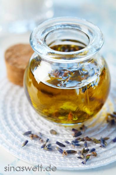 Lavendelöl, Duftöl, Aromaöl, Massage, Gesichtspflege, Körperpflege, Entspannung