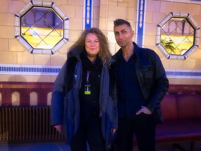 Aaron Crow Supertalent Belgien mit Yvonne Zauberina