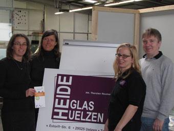 Karen Möller (ÜBV), Christina Völkers (Handwerkskammer), Tanja und Thorsten Neumann