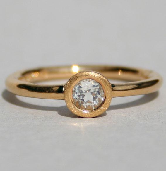 ring-weißer topas-zart-4 mm- sterling-silber-925-vergoldet- auch in gold möglich