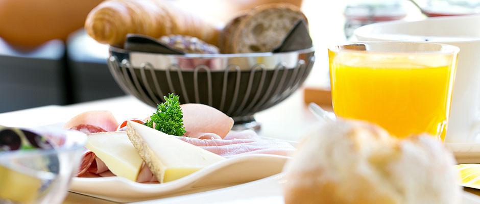 Frühstück täglich von 08.00 - 11.00 Uhr
