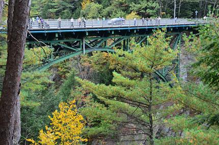 Brücke über den Ottauquechee River.