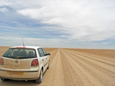 80 km durch die Wüste.