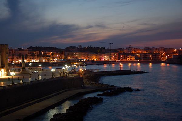 Abendstimmung am Hafen von Otranto.
