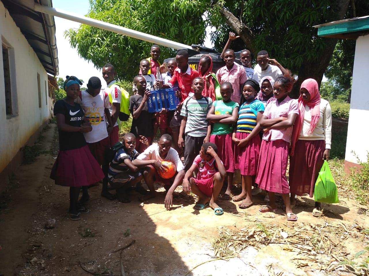 Die Schüler sind stolz und dankbar dafür, was in den vergangnen Wochen an ihrer Schule entstanden ist