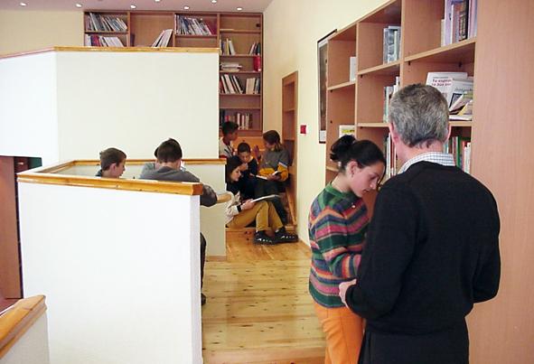 Design architectural qui contribue à la création des lieux éducatifs.