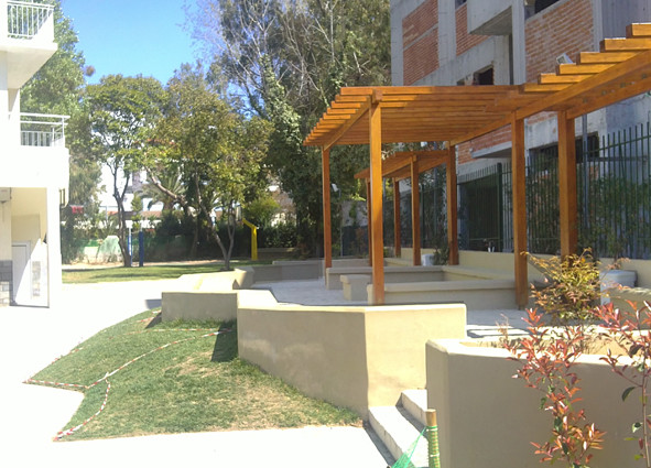 "Outdoor classroom, ""Kantas"" Primary School, Athens."