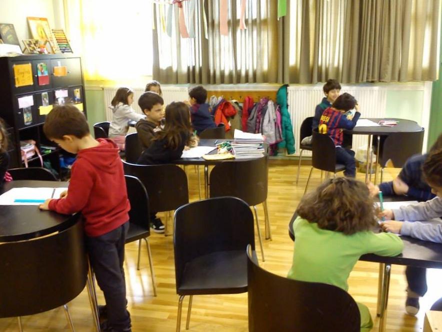 Ecole primaire: travail en petits groupes