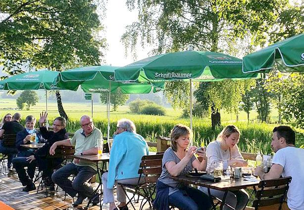 Biergarten und Terrasse an der Kaiser-Alm, KAISER CAMPING