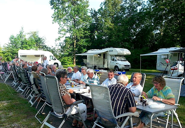 Feiern im KAISER CAMPING Outdoor Resort, Bad Feilnbach