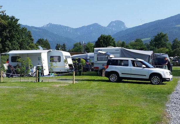 Komfortplätze auf dem Campingplatz Kaiser Camping