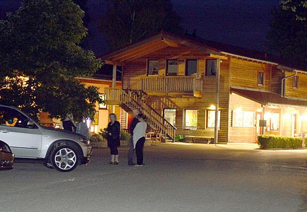 Einfahrt KAISER CAMPING Outdoor Resort