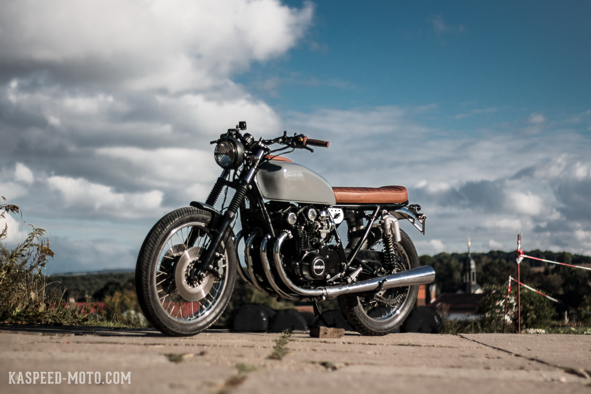 Suzuki GS550 - Kaspeed Custom Motorcycles | Cafe Racer