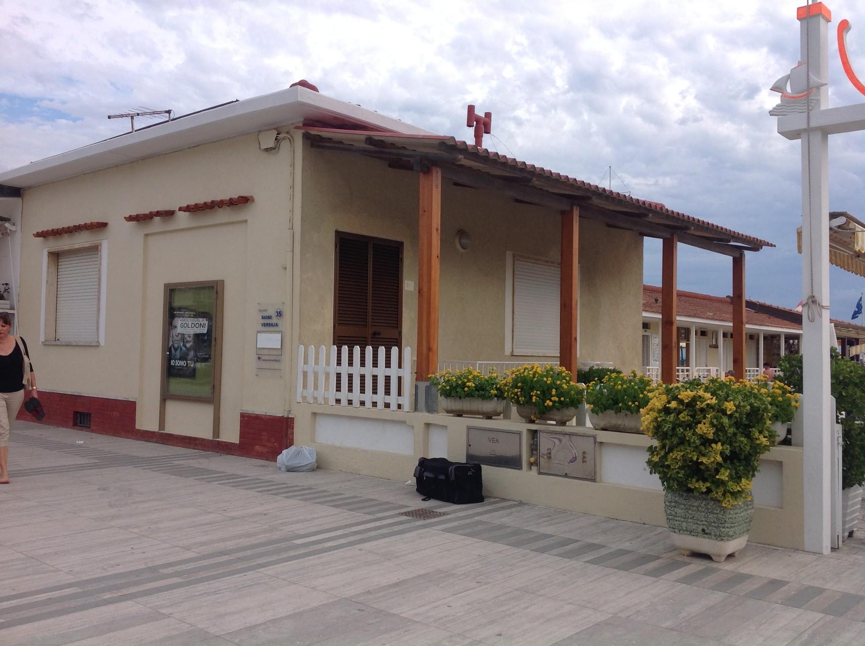 CASA VACANZE - Bagno Versilia Lido di Camaiore - Stabilimento balneare