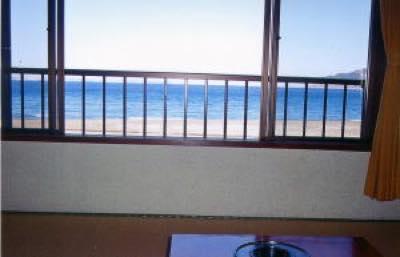 オーシャンビュー!お部屋から海を眺める事が出来ます!