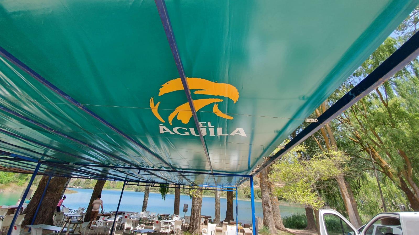 Instalación y vinilado de toldo en Lagunas de Ruidera