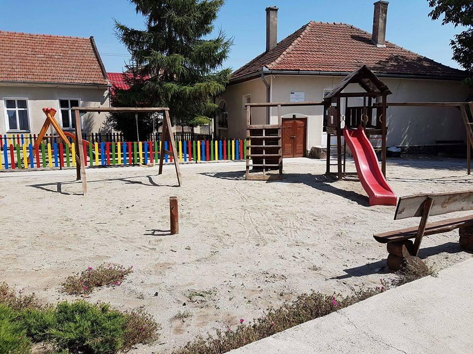 Spielplatz der Schule