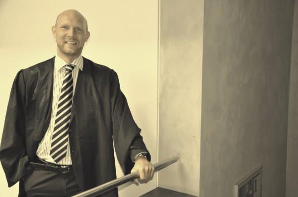 Rechtsanwalt Paprotta: Anwalt für Arbeitsrecht, Stalking, Baurecht und Opferanalt