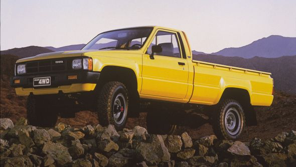 TOYOTA  HILUX N60 / LN65 dal 1984 al 1988